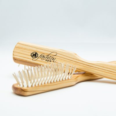 100% static-free olive wood hair brush for dogs from sustainable forests