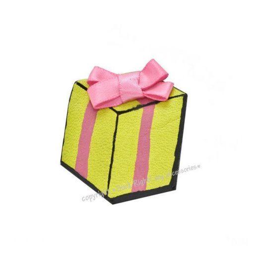 Large Gift Box Dog Hair Clip